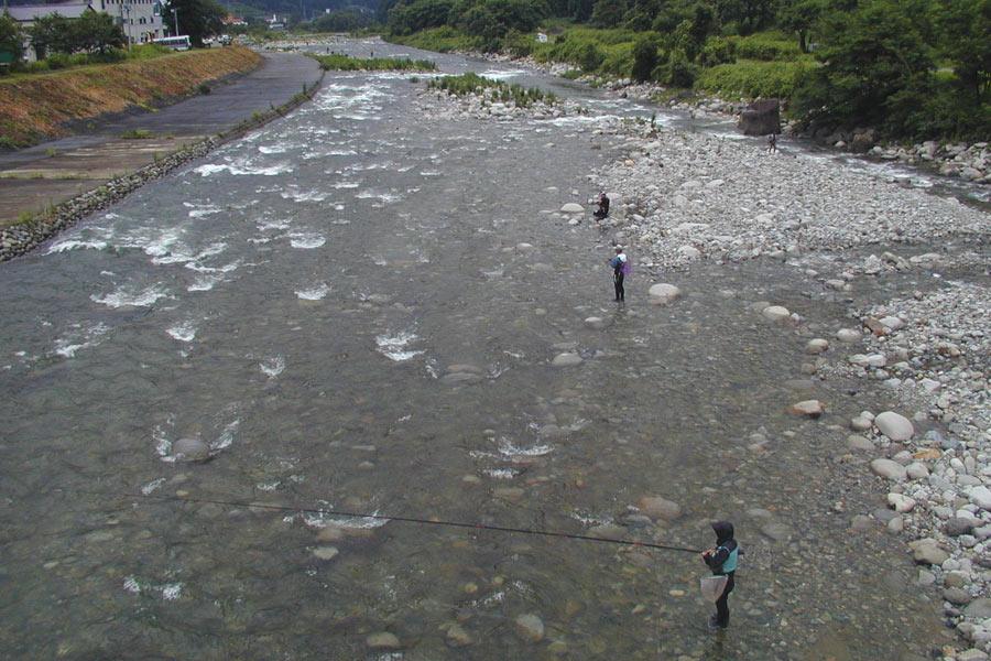 神弁橋下流