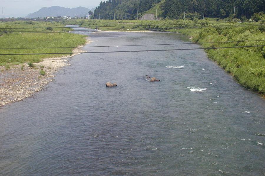 美佐島橋上流